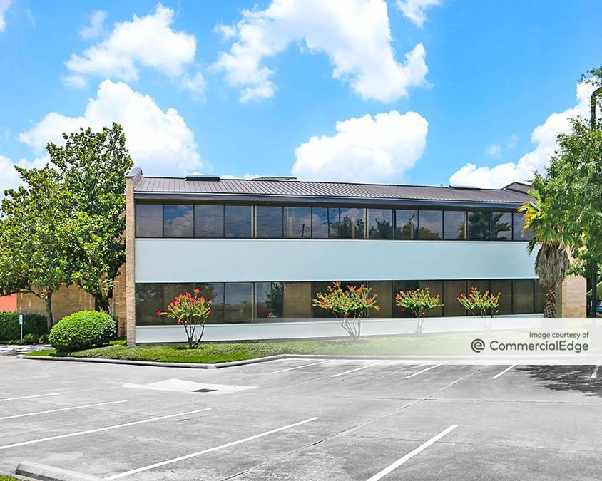 The Ramparts at Westchase - 10590 Westoffice Drive