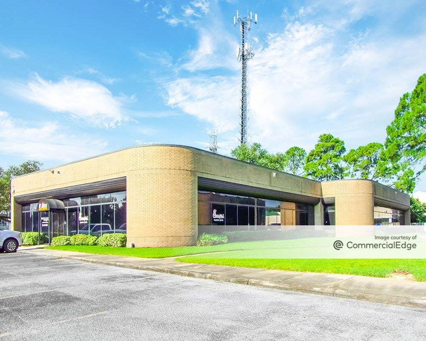 Woodpark Business Center - 25307, 25311, 25317 & 25329 Interstate 45 North