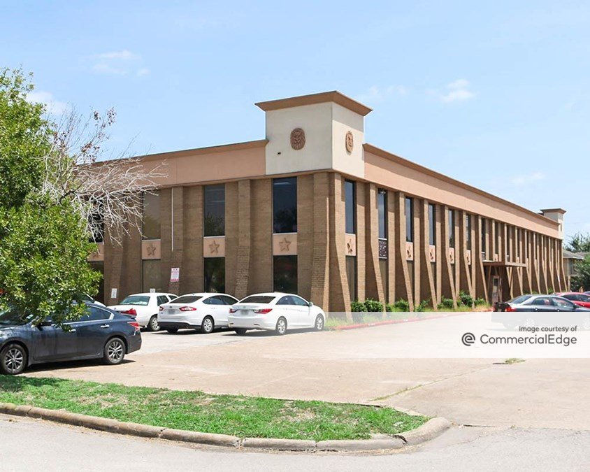 Burke Square Professional Building