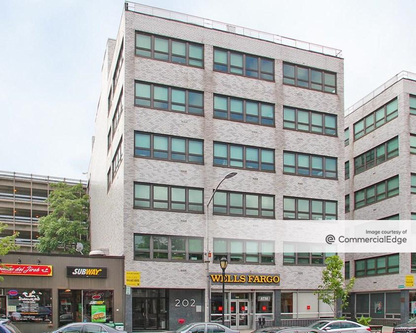 202 Mamaroneck Avenue